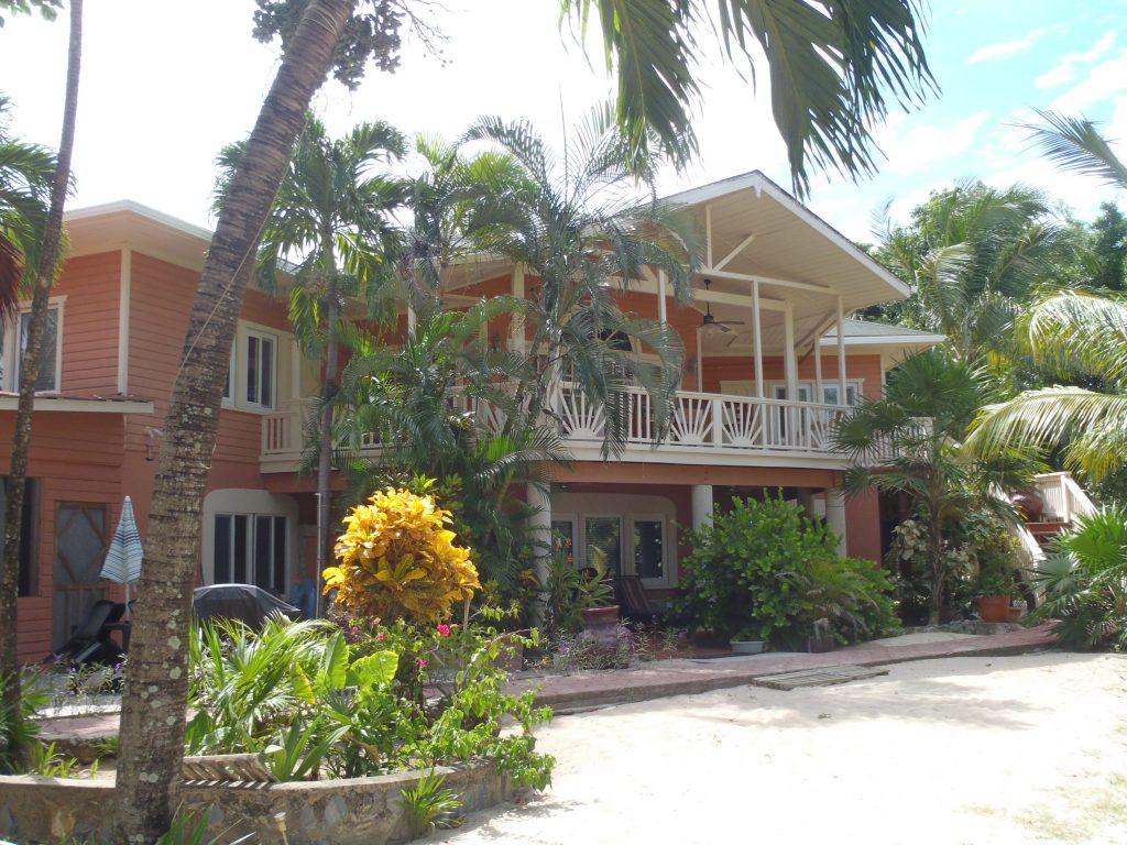 Casa de Paradise