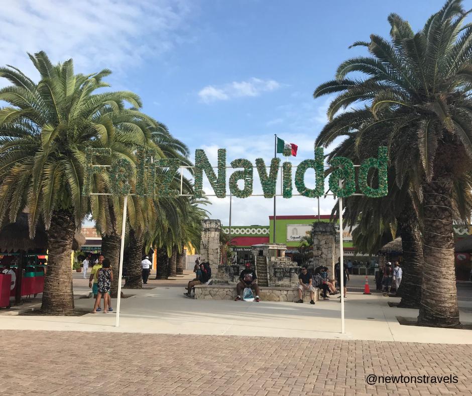 Feliz Navidad sign Puerta Maya, Cozumel Mexico
